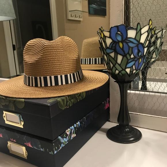748ff91c8c0d2 Summer   Rose Alia Fedora Straw Hat NWT